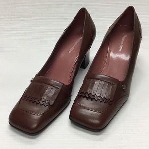 Good Looking Etienne Aigner Brown Heels